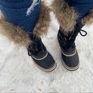 Joan of Arctic Quarry Boot Sz 7
